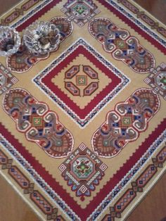 Needlepoint, Cross Stitch Patterns, Bohemian Rug, Diy And Crafts, Carpet, Tapestry, Embroidery, Rugs, Antiques