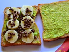 Avocado Chocolate Grilled Sandwich Recipe | Easy Sandwich Recipes For Kids  via @Radhika | Tickling Palates/ // #kidrecipe #kidsnack #chocolate #avocado #grilled