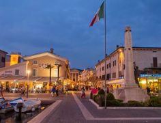 Bardolino by night @GardaConcierge