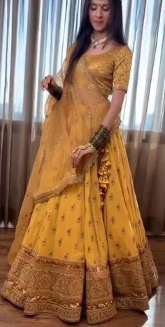 Indian Bridal Fashion, Indian Bridal Wear, Indian Fashion Dresses, Indian Wedding Outfits, Indian Designer Outfits, Bridal Outfits, Indian Outfits, Bridal Dresses, Lehenga Choli Latest