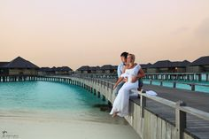 Maldives destination wedding #couple #sunset #pier Click the picture to see the whole photoshoot!