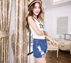 Frayed Cuffs Loose Thin Curling Jeans Shorts on Luulla