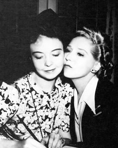 Mary Pickford - Lillian Gish; Eternal stars of the silver screen.