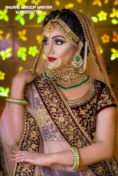 Pink and emerald green jewelry Bridal Outfits, Bridal Dresses, Indiana, Bridal Makeover, Indian Bridal Wear, Pakistani Bridal, Indian Wear, Indian Jewellery Design, Silver Jewellery