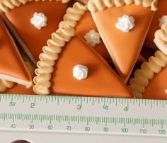 Mini Pumpkin Pie Cookies!