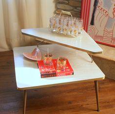 MID CENTURY MODERN Blonde Corner Table  Vintage 1950s Living Room Furniture  Retro Atomic Ranch Style