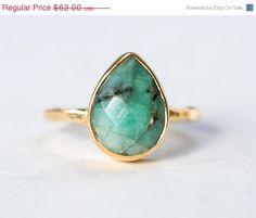 Verkauf - roh-Smaragd-Ring - kann Birthstone Ring - Edelstein-Ring - Stacking Ring - Sterling Silber Ring - Runde Ring