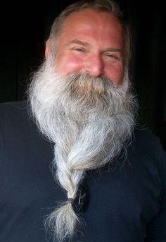 All men should have bushy mustaches. Grey Hair Beard, Men With Grey Hair, Grey Beards, Long Beards, Beard Model, Short Beard, Epic Beard, Awesome Beards, Beard No Mustache