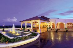 Dreams Punta Cana Unlimited Luxury resort provides an environment of luxury for the whole family.