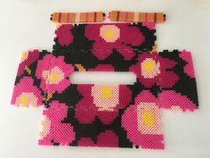 マリメッコ風ピンク系 アイロンビーズのティッシュケース