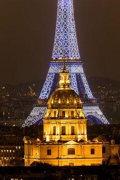 L'Hotel des Invalides et la Tour Eiffel de nuit, Paris