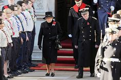 MYROYALS &HOLLYWOOD FASHİON: British Royal Family Attend Remembrance Sunday Service, November 10, 2013-Queen Elizabeth and the Duke of Edinburgh followed by Prince Harry