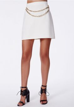 Get into our #chain detail #aline #miniskirt if you want to make a statement. Be the queen of the #fashion jungle in this #fierce bad boy, with chunky chain detailing. Style with an animal print shell top or khaki button up shirt and over knee suede boots for a feverishly fearsome #Missguided look.