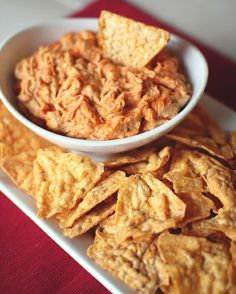 #HealthyRecipe / Cheesy Buffalo Chicken Dip