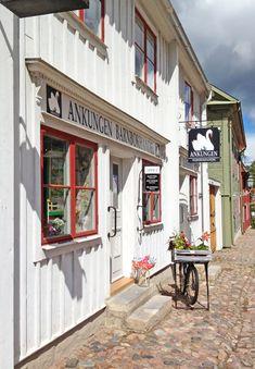 traditional Swedish. Gamla Linköping.