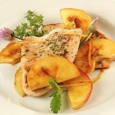 Citrommal pácolt almás pulykamell Recept képpel - Mindmegette.hu - Receptek Cauliflower, Meat, Chicken, Vegetables, Food, Cauliflowers, Essen, Vegetable Recipes, Meals