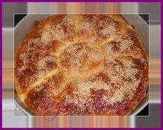 ΚουζινοΣκαλίσματα: Τυρόπιτα με μπεσαμέλ σιμιγδαλιού