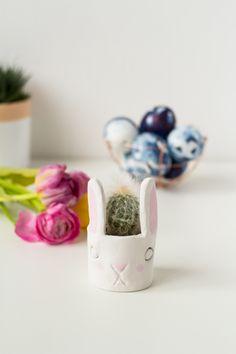 DIY Mini Cacti Bunny Planter   @fallfordiy
