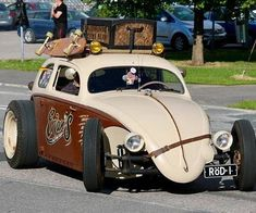 Foto do Instagram por Vedder 🇦🇺 • 3 de Agosto de 2017 às 19:30 Custom Vw Bug, Custom Cars, Vw Cars, Pedal Cars, Vw Rat Rod, Rat Rods, Hot Vw, Volkswagen Jetta, Vw Camper