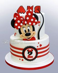 minnie mouse This Terrific Minnie Mouse birthday cake is a red, white, and black two tier cake. The bottom tier is white and has three red stripes around the center of the tier. In the ce Torta Minnie Mouse, Mini Mouse Cake, Minnie Mouse Birthday Cakes, Red Minnie Mouse, 3rd Birthday Cakes, Mickey Mouse Cake, Bolo Mickey, Mickey Cakes, Friends Cake