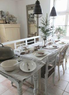 Beautiful table setting at Princess Greeneye