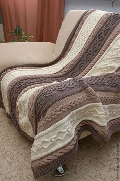 Knitting Blanket Loom Afghan Patterns Ideas For 2019 Loom Knitting Patterns, Afghan Crochet Patterns, Knitting Designs, Knitted Afghans, Knitted Throws, Cable Knit Blankets, Knit Pillow, Crochet Home, Decoration