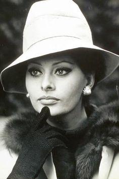 Sophia Lauren - very glam. She overdoes it on the diamonds, but hey, she's Sophia Lauren...