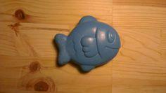 Squirting bath toy