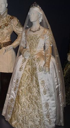"Jane Seymour - Wedding Dress | Flickr - Photo Sharing- From season 3 of ""The Tudors"""
