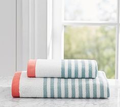 Marlo Stripe Hand Towel, Dark Porcelain Blue