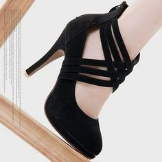 shoes to go with that little black dress !!