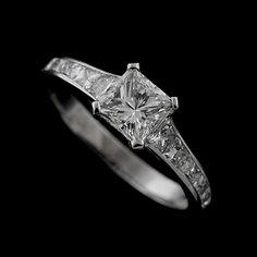 18K White Gold Tapered Baguette Modern Style Engagement Ring Setting
