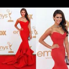 Nina Dobrev red dress<3