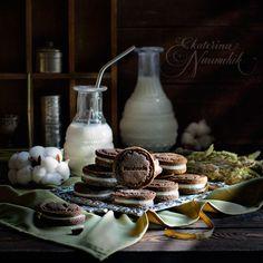 Попробуйте приготовить печенье «Орео» дома по рецепту Анастасии Зурабовой. Используются только натуральные компоненты, доступные всем