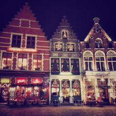 Bruges, mercatini: http://www.thegirlwiththesuitcase.com/2016/11/guida-mercatini-di-natale.html