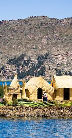 Traditional floating Uros Islands, Lake Titicaca, Peru http://www.travelnation.co.uk/peru/