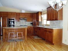 Oak Hardwood Flooring   oak hardwood kitchen flooring d Some Rustic Modern Day Kitchen Floor ...