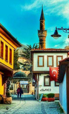 Tarihi Anadolu Evleri ESKİŞEHİR26 #eBs1903 #ahşapevler #taşevler #konak #köşk #architecture #restoranyon #vintage #history #kültürevi #eskişehir #odunpazarı #mosque Paradise On Earth, Cultural Diversity, Turkey Travel, Artistic Photography, Nature Photos, Ankara, Wander, Istanbul, Around The Worlds