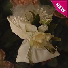 Handmade Italian Pouch Bomboniere with Gardenia Flower myitalianfavors.com™