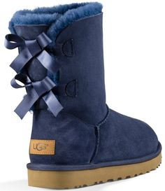 From UGG®, the Bailey Bow II boots feature: Twinface upper, pre-treated to repel moisture and stains suede heel counter Fixed bows along back shaft Nylon binding leather heel logo label sheepskin insole Treadlite by UGG outsole Ugg Boots With Bows, Ugg Boots Cheap, Bow Boots, Cute Boots, Flat Boots, Ugg Boots Outfit, Ugg Style Boots, Ugg Bailey, Bailey Bow