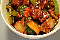 Pomegranate Sweet and Sour Tempeh | One Green Planet