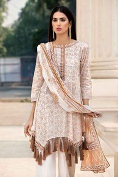 Stylish Dresses For Girls, Stylish Dress Designs, Simple Dresses, Casual Dresses, Casual Outfits, Pakistani Fashion Casual, Pakistani Dresses Casual, Pakistani Dress Design, Pakistani Frocks