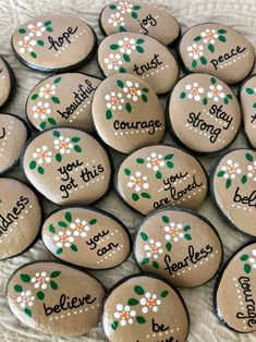 Affirmation Stones, Encouragement Pocket Pebbles, Bag of 15 Empowerment Pocket Rocks with Words of Encouragement, Affirmation Pocket Tokens - Painting Ideas For Beginners 2020 Rock Painting Patterns, Rock Painting Ideas Easy, Rock Painting Designs, Paint Designs, Rock Painting Kids, Hand Painted Rocks, Painted Stones, Painted Pebbles, Paint On Rocks