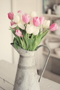So pretty. The most pale of pale pinks are my favorite.       S p r i n g . ℒ o v e l i e s