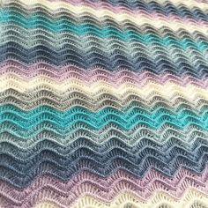 Merry Christmas everyone ❄️💙🎄 . . Papatya Kek- Yünlü 255 , bu kışın gözde renklerinden biri 💙💙Yoksa siz hal denemediniz mi ?? #nofilteryescake#cakeyarn#knitting#knittingyarn#yarn#knittinglove#handknitting#handknittingyarn#knittingaddict#knitting_inspiration#knittingfactory#crochet#crocheting#crochetlove#papatyakek#örgü#caroncakes#instacrochet#crochetersofinstagram#crochetaddict#kartopujersey#yarnshop#hobfy#kekipi#handmadeisbetter#papatyacake#hobfystore