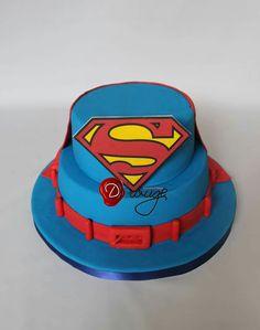 Superman cake My cakes Pinterest Superman cakes Cake and
