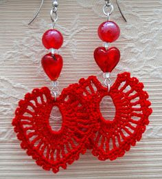 ACCESORIOS LINDAPAULA. Pendientes con corazones-Crochet hearts earrings.