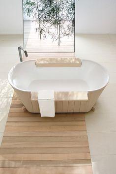 Freestanding solid wood bathtub Norvegia Collection by Dogi by GeD Arredamenti | design Enzo Berti