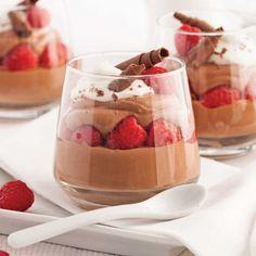Mousse au chocolat en verrines - Desserts - Recettes 5-15 - Recettes express 5/15 - Pratico Pratique