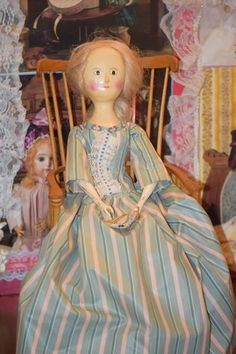 Wonderful Doll Vintage Wood Jointed Artist Fred Laughon LARGE Queen W/ Miniature Wood Dollhouse Doll - Wonderful Doll Vintage Wood Jointed Artist Fred Laughon LARGE Queen W/ Miniature Wood Dollhouse Doll